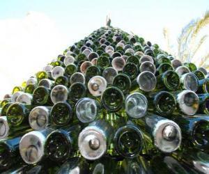 Puzzle de Árbol de Navidad hecho de 5.000 botellas recicladas