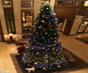 Puzzle de Abeto de Navidad decorado con relucientes adornos