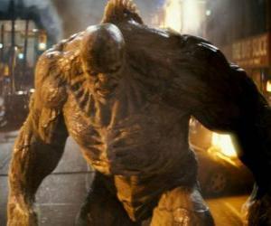 Puzzle de Abominación es el enemigo del Increíble Hulk