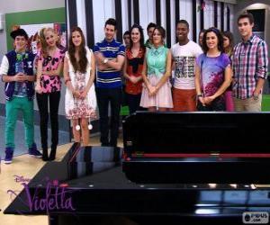 Puzzle de Algunos de los personajes de Violetta 2