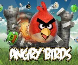 Puzzle de Angry Birds es un videojuego de Rovio. Los pájaros furiosos atacan a los cerdos que roban huevos