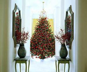 Puzzle de Árbol navideño con muchos adornos
