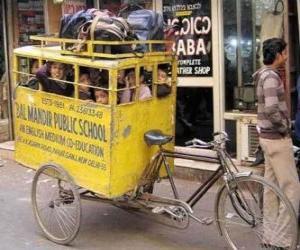 Puzzle de Autobus escolar de la India