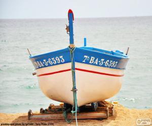 Puzzle de Barca varada en la playa