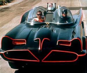 Puzzle de Batman y Robin en su Batmóvil