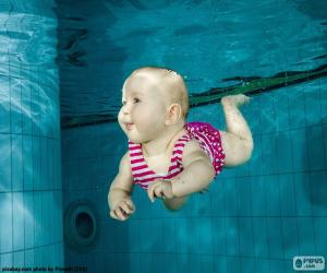 Puzzle de Bebé nadando