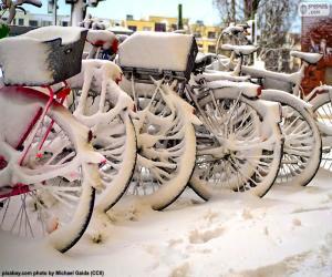 Puzzle de Bicicletas en invierno