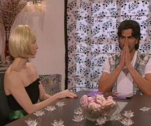 Puzzle de Blanca hablando con Leandro