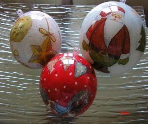 Puzzle de bolas navideñas decoradas