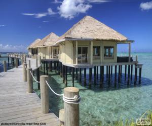 Juegos de puzzles de edificios y otras construcciones for Cabanas sobre el mar en mexico