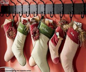 Puzzle de Calcetines colgados con los regalos de Navidad