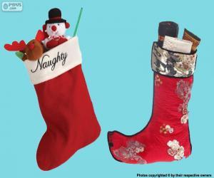 Puzzle de calcetines de Navidad con obsequios dentro