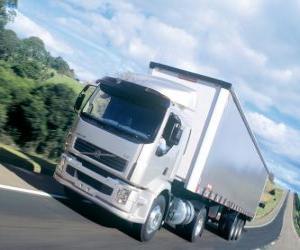 Puzzle de Camión Volvo VM es un camión mediano