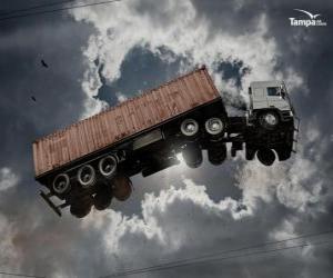Puzzle de Camión volando por los aires