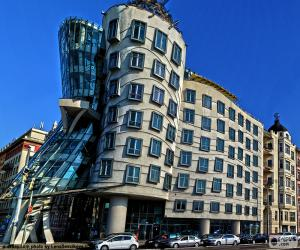 Puzzle de Casa Danzante, Praga