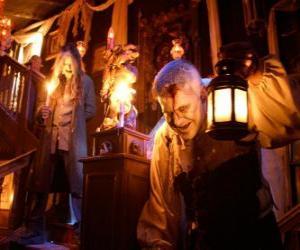 Puzzle de Casa encantada en la noche de Halloween