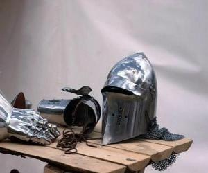 Puzzle de Casco y parte de la armadura de un Caballero