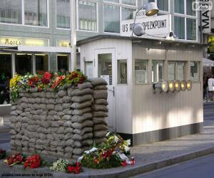 Puzzle de Checkpoint Charlie, Berlín
