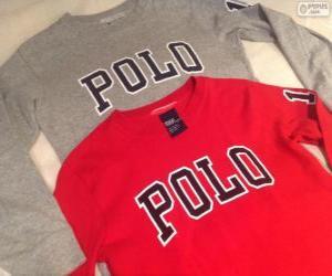 Puzzle de Dos camisetas de la marca POLO