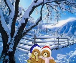 Puzzle de dos ositos muy abrigados en un paisaje navideño