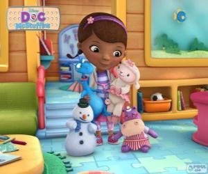 de Dottie Doc McStuffins, Doctora Juguetes con sus amigos juguetes