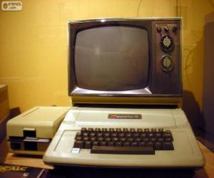 Puzzle de El Apple II fue la primera serie de microcomputadores de producción masiva (1977)