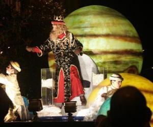 Puzzle de El Rey Gaspar en la cabalgata tirando caramelos