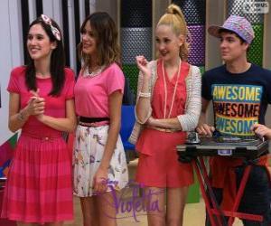 Puzzle de Francesca, Violetta, Ludmila y Maxi, Violetta 2