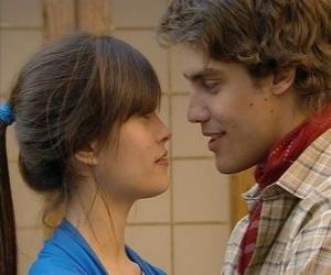 Puzzle de Gonzalo le pide a Luciana que sean novios
