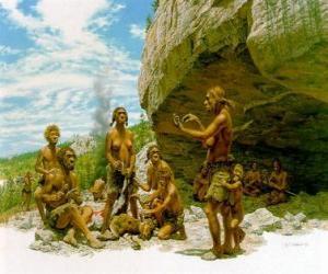 Puzzle de Grupo de hombres de Neanderthal bajo la protección de un abrigo rocoso, los individuos realizando distintas actividades: unos tallando piedras, otros preparando la caza