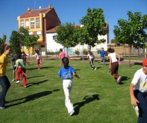 Puzzle de Grupo de niños jugando