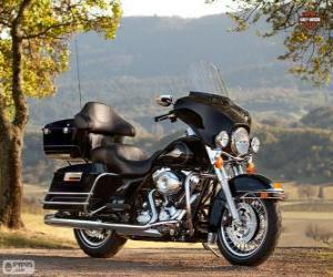 Puzzle de Harley-Davidson FLHTC Electra Glide Classic 2013