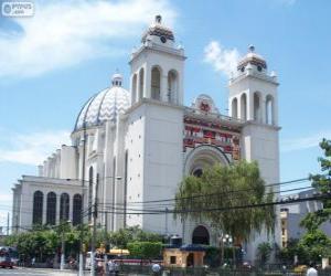 Puzzle de La Catedral Metropolitana del Divino Salvador del Mundo, San Salvador, El Salvador