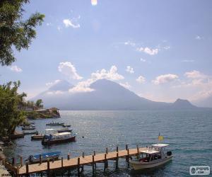 Puzzle de Lago de Atitlán, Guatemala