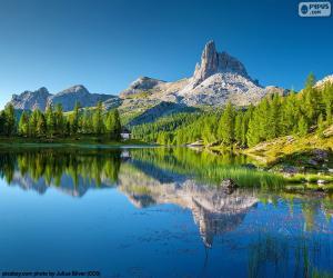 Puzzle de Lago Federa, Italia