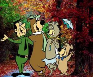 Puzzle de Los protagonistas de las aventuras: el Oso Yogui, Bubú, la osa Cindy y el guardia del parque Smith