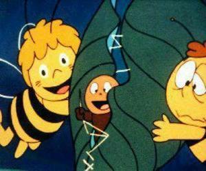 Puzzle de Maya y Willi ayudando a un gusano
