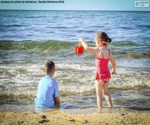 Puzzle de Niños disfrutando de la playa
