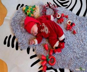 Puzzle de Niño soñando con ilusión durante la noche de Nochebuena