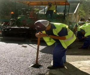 Puzzle de Operarios asfaltando