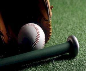 Puzzle de Pelota de béisbol, guante y bate