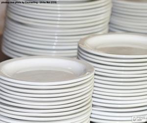 Puzzle de Platos blancos de porcelana