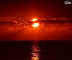 Puzzle de Puesta de sol en el mar