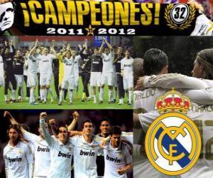 Puzzle de Real Madrid, campeón de la liga española de fútbol 2011-2012
