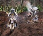 Motocross con mucho barro