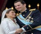 El príncipe Felipe y la princesa Letizia en actitud cariñosa