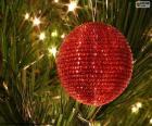 Brillante bola de Navidad