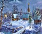 Iglesia en Navidad con el abeto bajo las estrellas