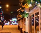 Calle adornada de Navidad