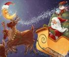 Trineo navideño tirado por los renos mágicos y cargado con los regalos, Papá Noel y un duende